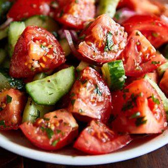 Juicy Tomato and Cucumber Salad | ifoodblogger.com
