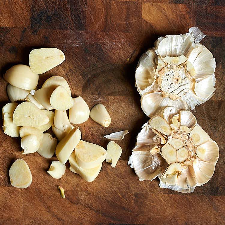 Braised Beef - preparing garlic.